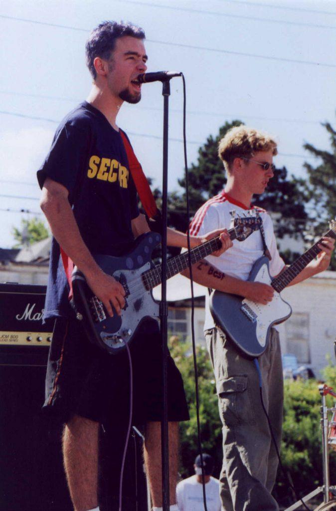 Tugfest 1999 2nd Best Paul blue hair John Scott